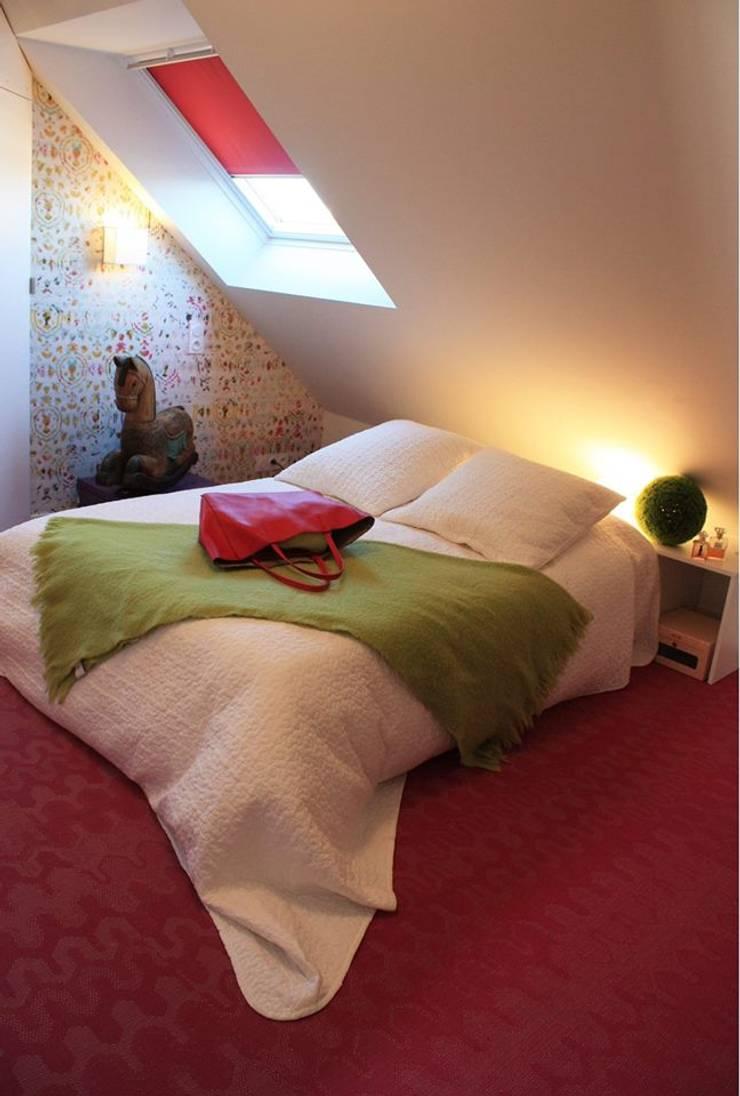 CHAMBRE JEUNE FILLE du DUPLEX - Architecture interieure - PERROIN S -: Chambre de style  par Stephanie Perroin