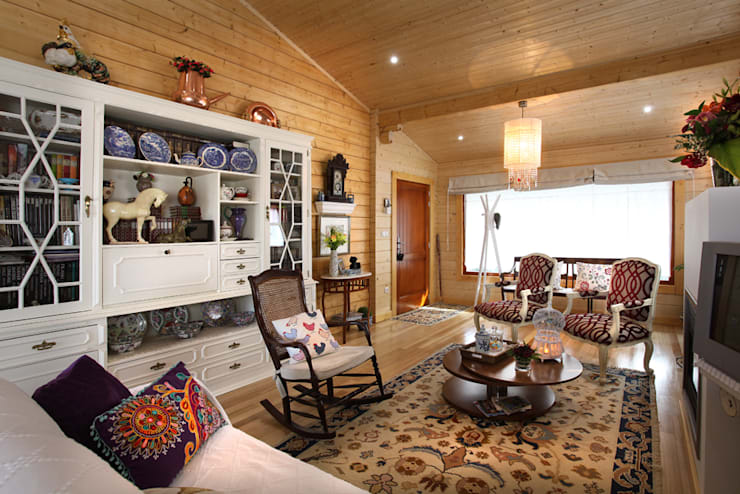 Living room by Rusticasa