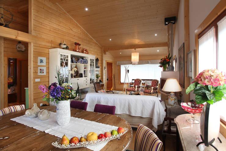 RUSTICASA | Casa no Sardoal | Santarém: Salas de jantar  por Rusticasa