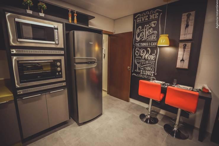 Cocinas de estilo  por Fabiano Marques Edificações e Design de Interiores