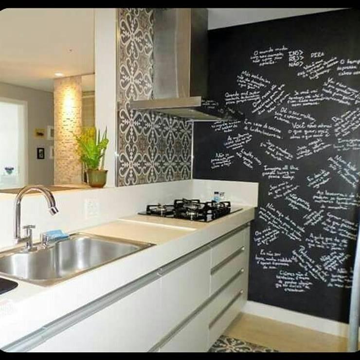 cozinha por Jackeline Aguiar Moderno Pedra