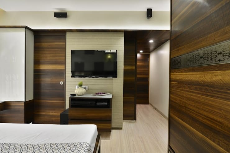 RESIDENCE CHATURVEDI:  Hotels by ctdc