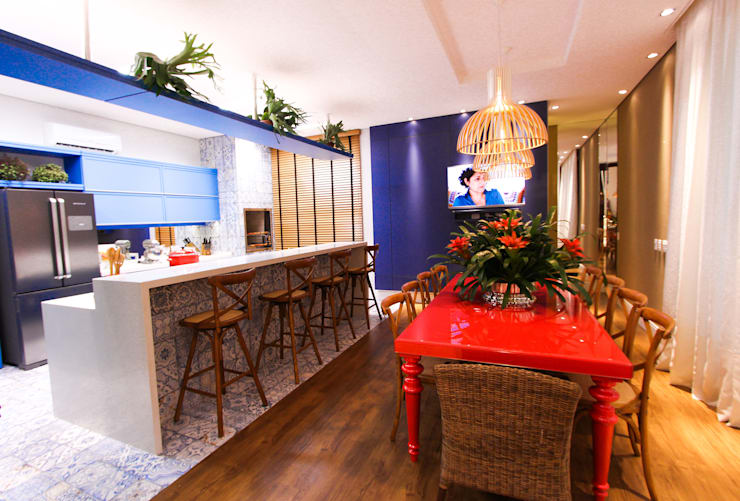Cocinas de estilo moderno por Pavesi Arquitetura