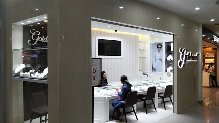 Showroom Goldmart Mall Metropolitan Bekasi:  Ruang Komersial by AGRA Architecture