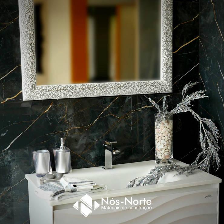 Casa de Banho Nº 8: Casas de banho  por Nós-Norte