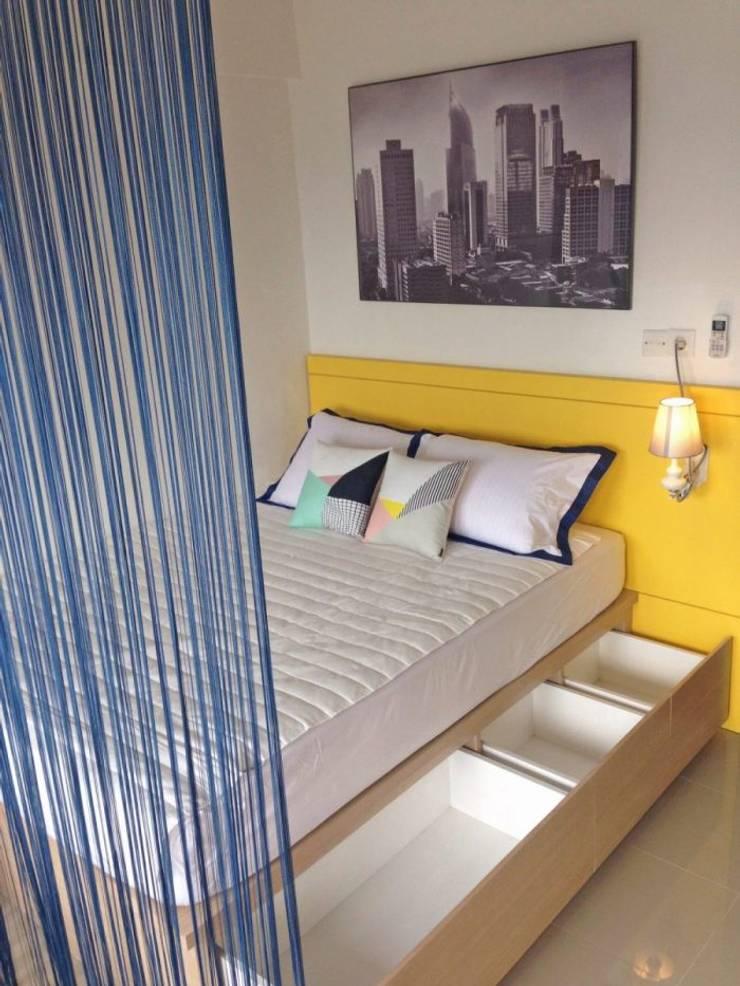 Studio Apartment – Park View Condominium Depok:  Kamar Tidur by RANAH