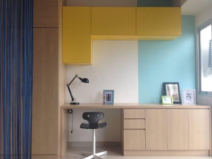 Studio Apartment - Park View Condominium Depok:  Ruang Kerja by RANAH