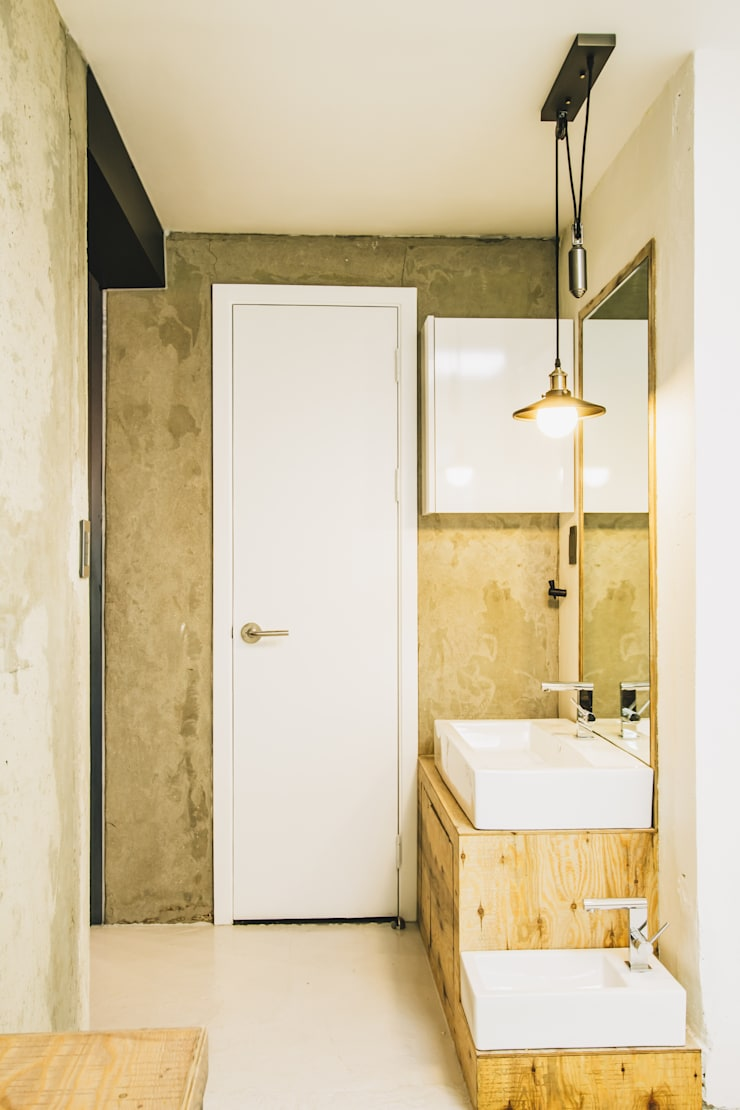 Mr.Park APT – 아파트 인테리어: 므나 디자인 스튜디오의  욕실