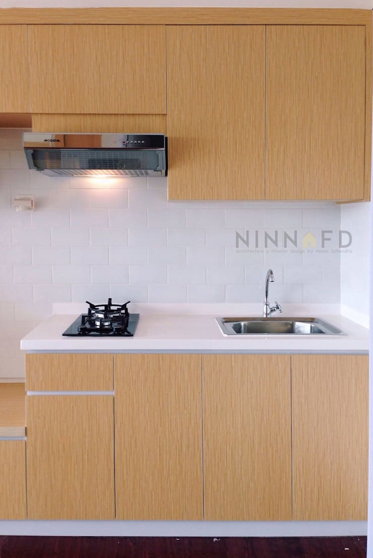 Studio Apartment – Bintaro Plaza Residence:  Dapur by RANAH