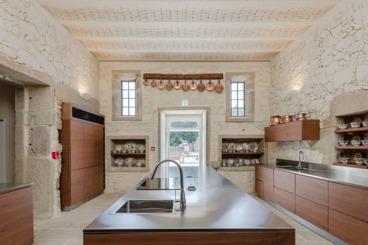 Cocinas de estilo clásico por PROD Arquitectura & Design