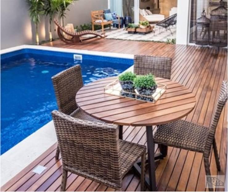 Minimalist pool by Bortoluzzi Arquitetura Minimalist Wood Wood effect