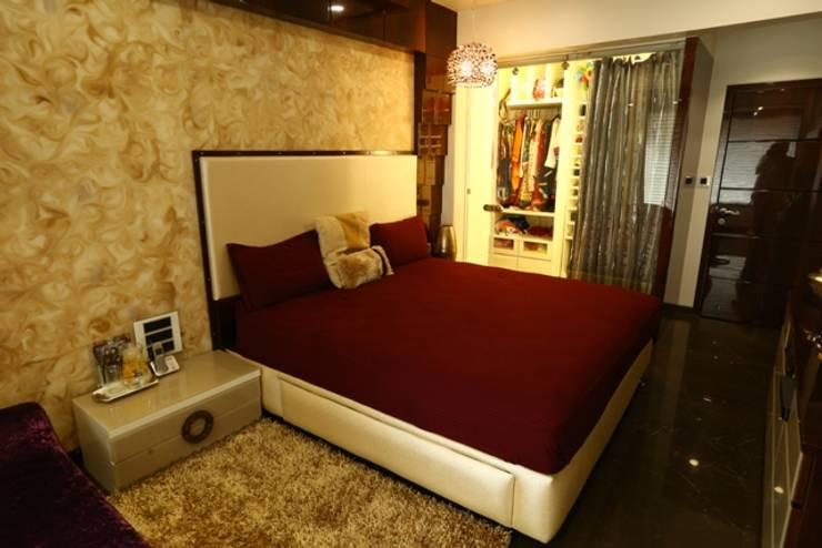 Basant Park—Chembur:  Bedroom by Aesthetica,Modern