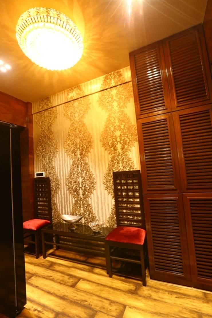 Basant Park—Chembur:  Corridor & hallway by Aesthetica,Modern