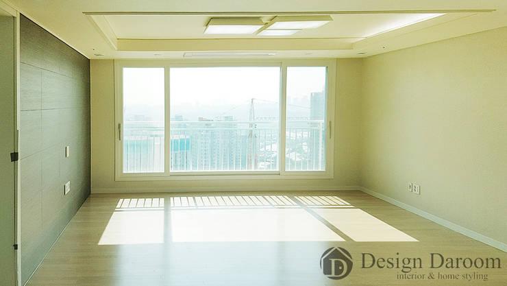 미사 푸르지오 아파트 거실: Design Daroom 디자인다룸의  거실