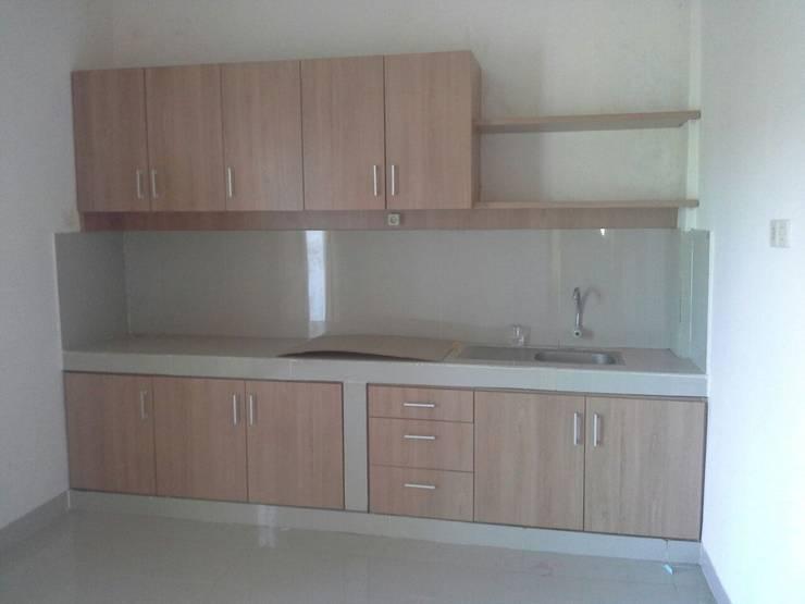Kitchen by Jasa Arsitek Jakarta
