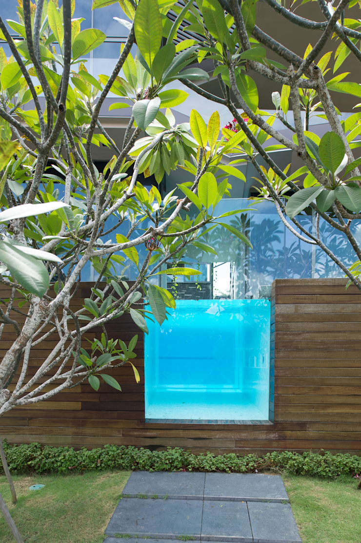 Swimming Pool:  Rumah by E&U