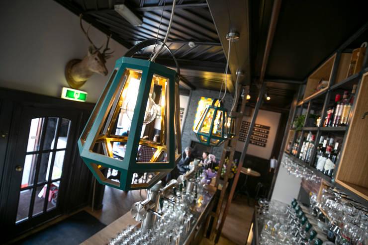 Stadsherberg De Poshoorn:  Bars & clubs door Çedille by Françoise Oostwegel, Industrieel