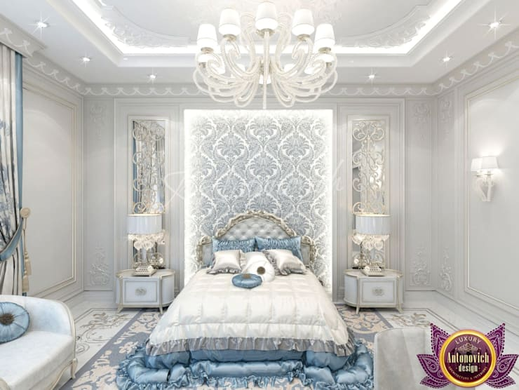 Lovely bedroom design from Katrina Antonovich:  Bedroom by Luxury Antonovich Design, Classic