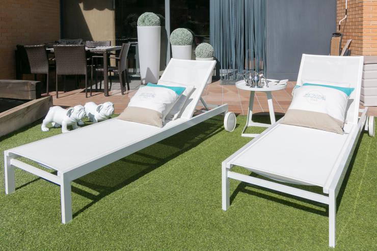 Jardín de estilo  por Rooms de Cocinobra