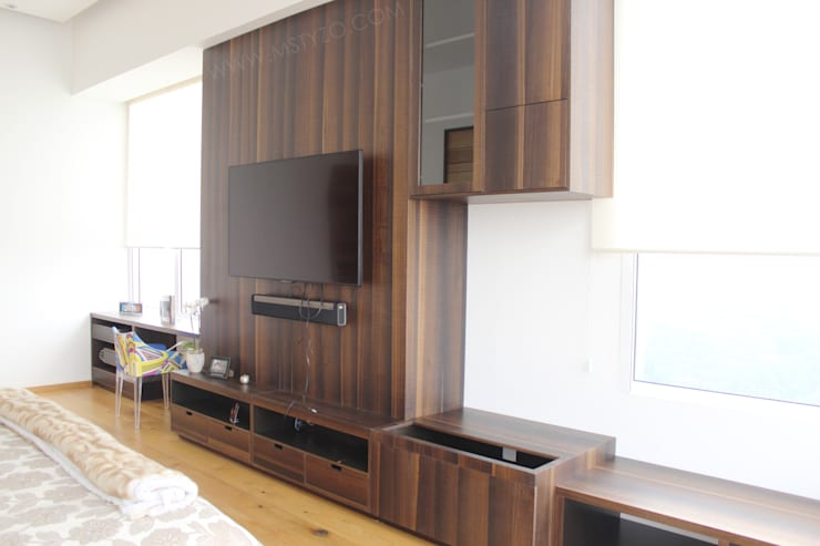 Mueble instalado: Recámaras de estilo  por MSTYZO Diseño y fabricación de mobiliario