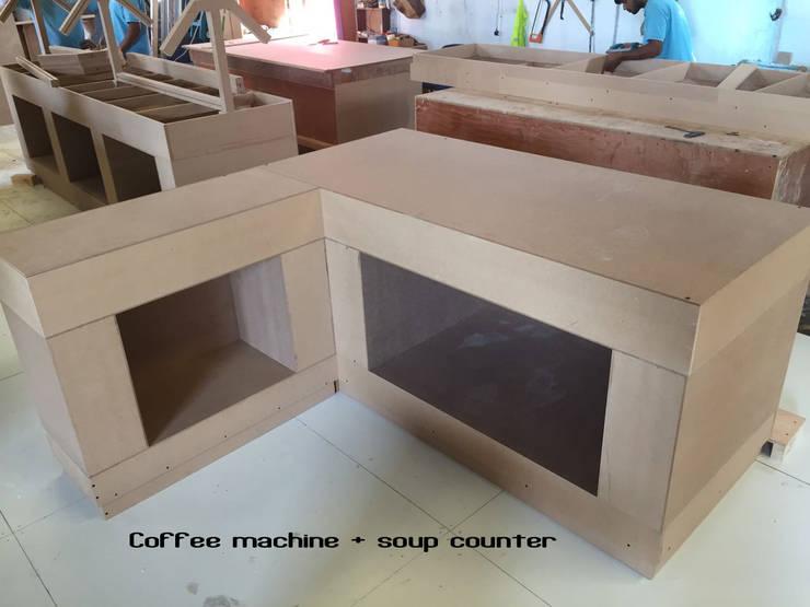 Buffet counter: minimalist  by Gurooji Designs,Minimalist