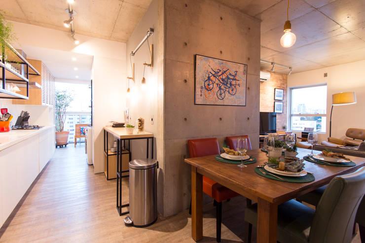 Decorado Maxhaus: Sala de jantar  por Natália de Bona Arquitetura