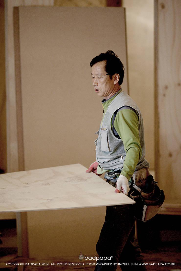정통일식전문점 스시킨(Sushi KIN): oldantique design 오직 모양새만 생각하는 사람들의  다이닝 룸