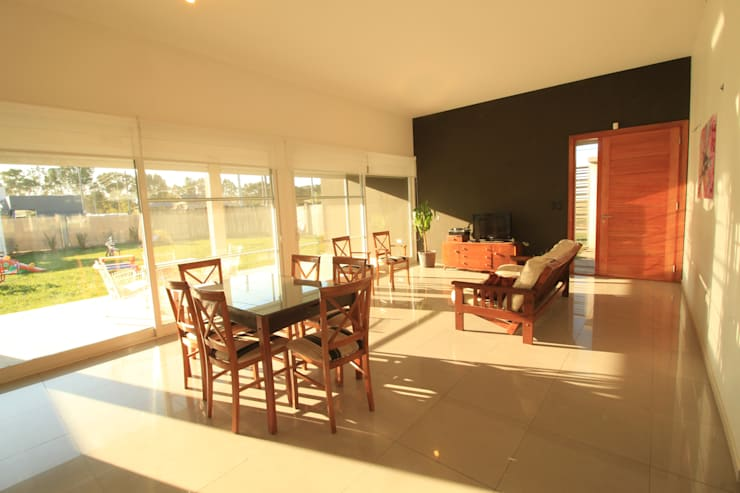 CASA OP – Barrio Patagonia Norte – Ciudad de Bahía Blanca: Casas de estilo  por MSA ESTUDIO DE ARQUITECTURA,Moderno