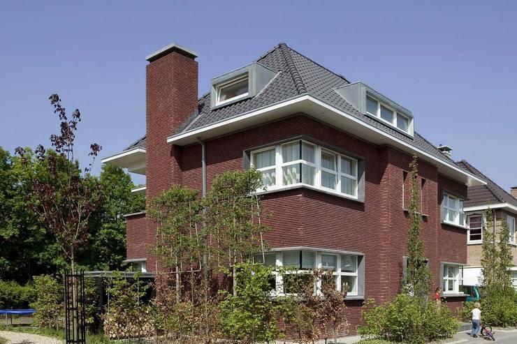 WONING JRR-001:  Huizen door Hopmanhuis