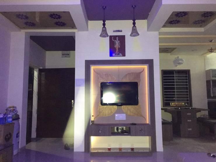 BARDOLI , SURAT , GUJARAT.: modern Living room by SHUBHAM CONSULTANT & INTERIOR DESIGNING