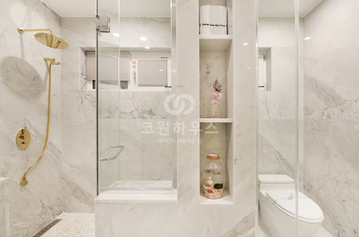 Badezimmer von 코원하우스