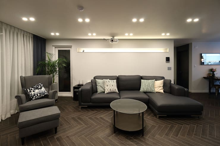 남양주 아파트 인테리어: 와이피스페이스의  거실