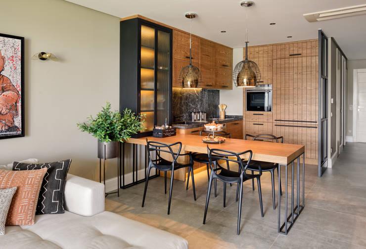 modern Kitchen by Esra Kazmirci Mimarlik