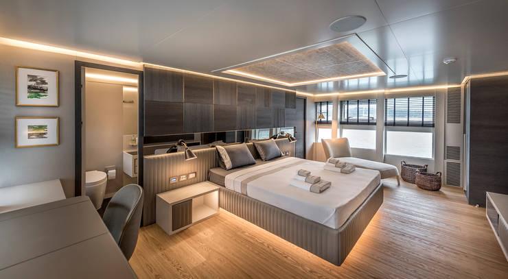 modern Yachts & jets by Esra Kazmirci Mimarlik