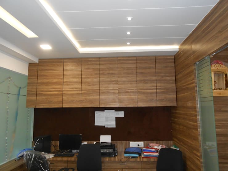 HELIOS:  Office spaces & stores  by SHUBHAM CONSULTANT & INTERIOR DESIGNING