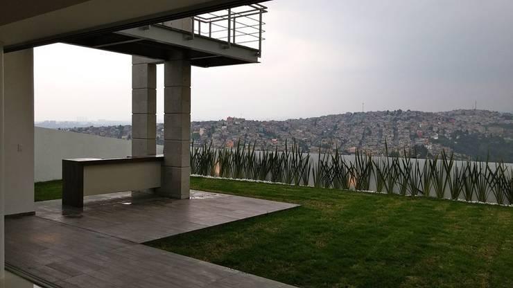 Terrasse von MICHEAS ARQUITECTOS