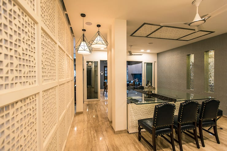 Dining Area:  Dining room by Studio An-V-Thot Architects Pvt. Ltd.