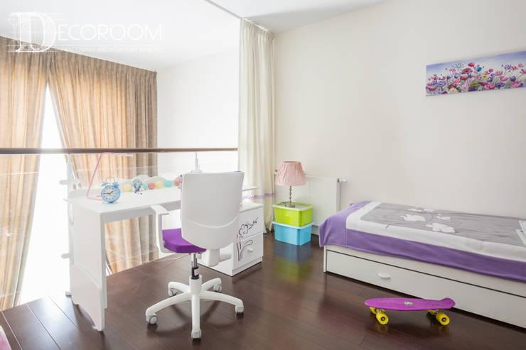soft LOFT: styl , w kategorii Pokój dziecięcy zaprojektowany przez Decoroom