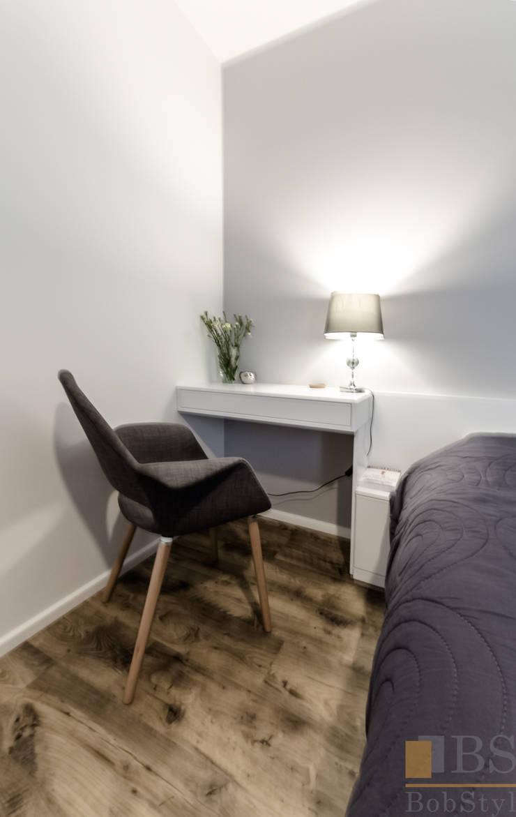 Stolik nocny: styl , w kategorii Sypialnia zaprojektowany przez PPHU BOBSTYL,