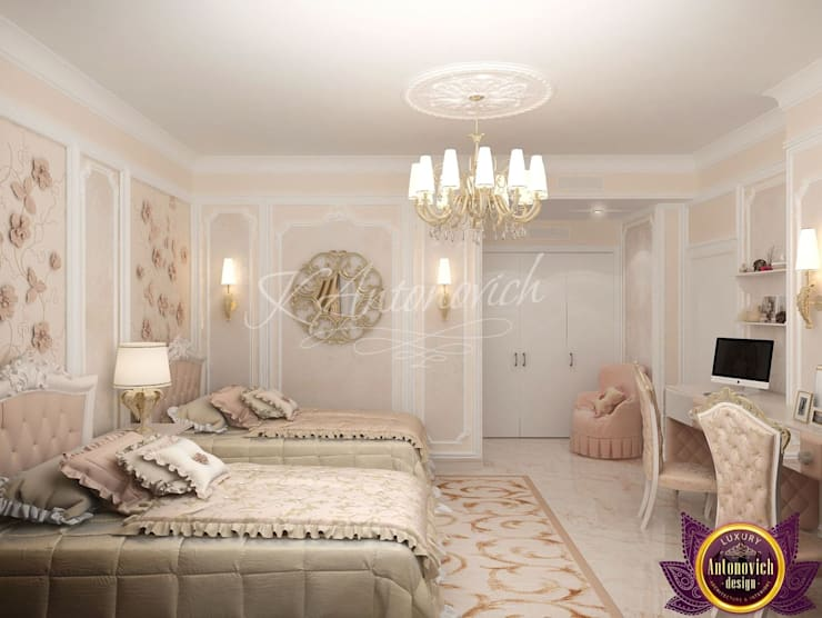 ​  Children's room Design  of Katrina Antonovich:  Bedroom by Luxury Antonovich Design, Classic