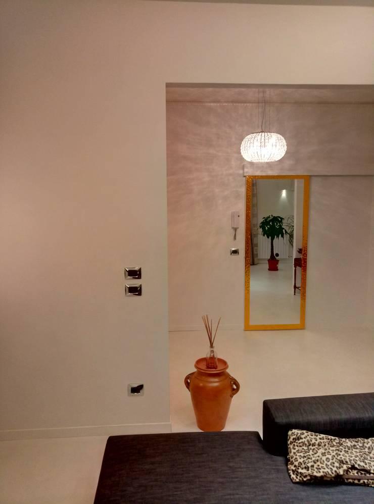 minimalist  by Luca Alitini, Minimalist Glass