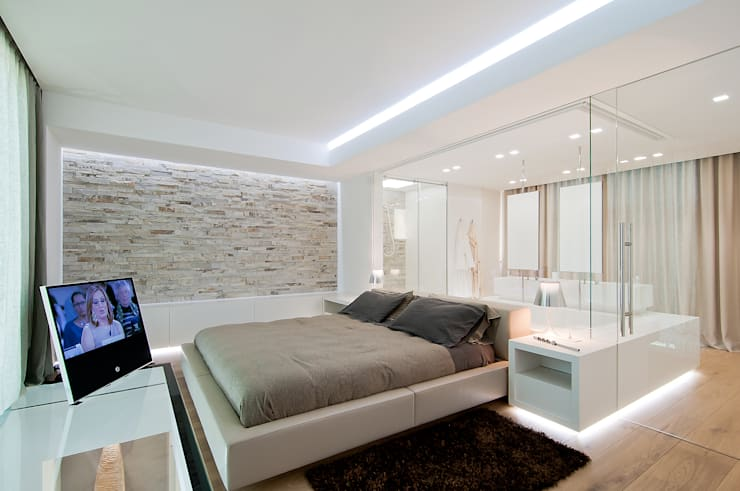 modern Bedroom by STIMAMIGLIO conceptluxurydesign