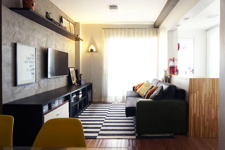 Projekty,  Salon zaprojektowane przez Lelalo - arquitetura e design