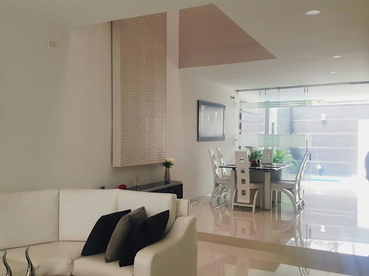 casa portofino club: Salas de estilo  por CONSTRUCTOR INDEPENDIENTE