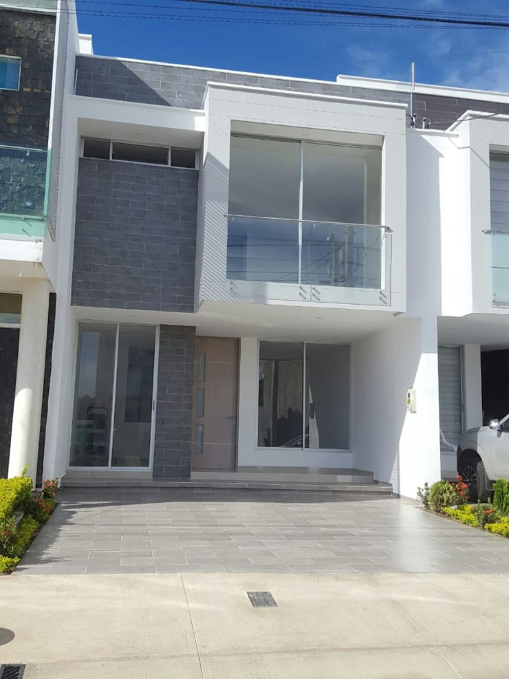 CASA EN VENTA PORTOFINO CLUB Casas modernas de CONSTRUCTOR INDEPENDIENTE Moderno