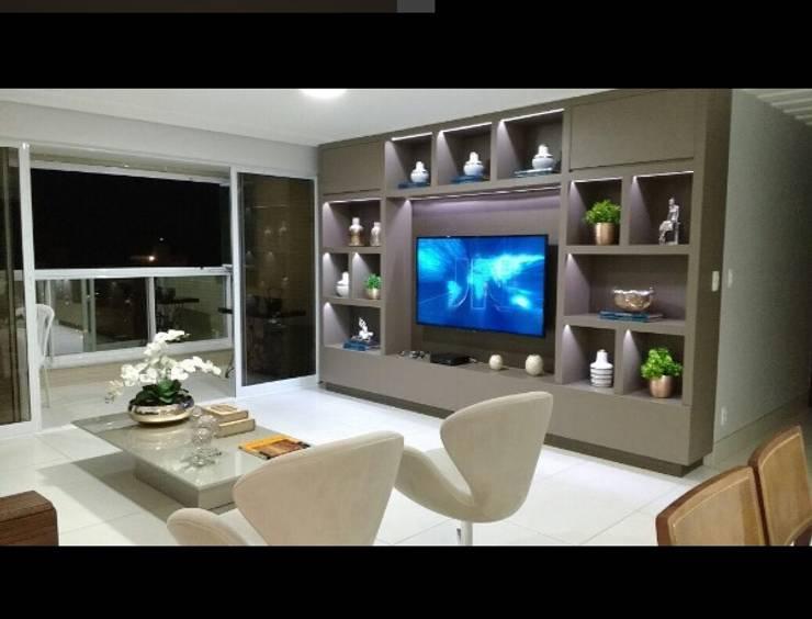 Sala de estar: Salas de estar  por LVM Arquitetura,Moderno
