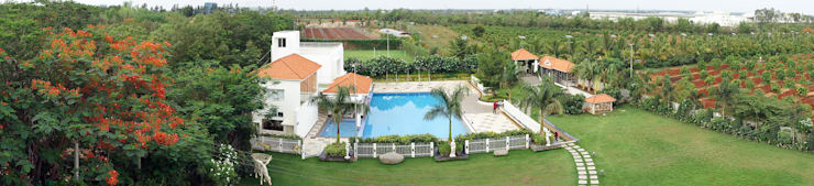 Swimming pool:  Garden by iammies Landscapes,Mediterranean