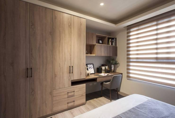 Bedroom by 立禾空間設計有限公司