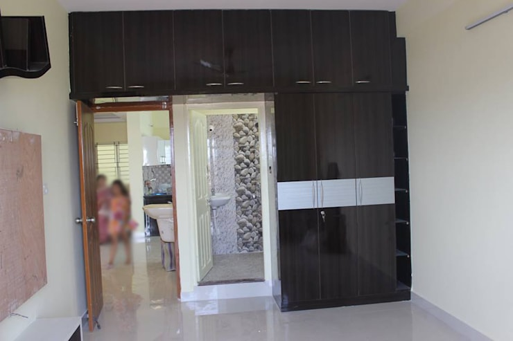 Buy Online Wardrobe In India: asian Bedroom by Scale Inch Pvt. Ltd.