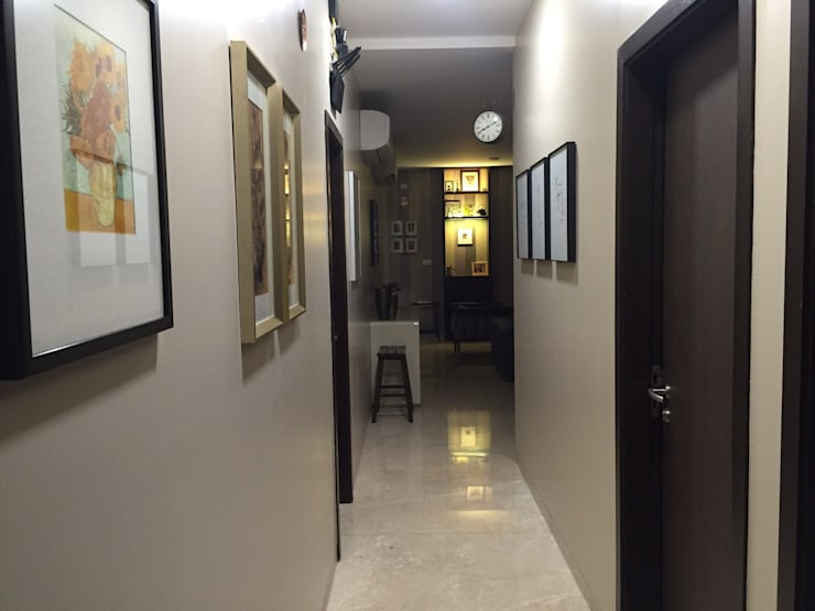 Private Reisdence - 3bhk apartment:  Corridor & hallway by One sq. meter Architects & Interior Designers